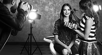 Hostessen und Models für Film- und Fotoaufnahmen